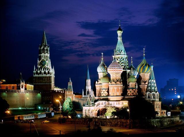 Кремль спасская башня собор василия
